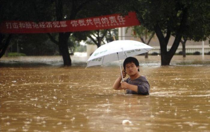 ผลการค้นหารูปภาพสำหรับ umbrella funny